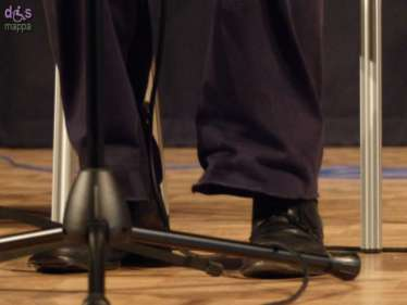 Nell'ambito delle attività previste per la commemorazione per il centenario della Grande Guerra, Andrea Chimenti, musicista e scrittore, presenta all'Educandato Statale Agli Angeli il reading-concerto Il porto sepolto, in cui si cimenta nell'interpretazione musicale di alcuni dei più bei versi scritti dal poeta Giuseppe Ungaretti, in gran parte composti sul Carso, forse il più terribile scenario della Prima Guerra Mondiale. Un estratto da questo spettacolo è stato pubblicato su cd nel 2002 e viene ristampato quest'anno. Dal vivo le canzoni sono immerse in alcune letture tratte da La confessione di Tolstoj e da Il deserto dei Tartari di Buzzati. Ad accompagnare Andrea Chimenti (voce e pianoforte) c'è Francesco Chimenti, che si alterna alla chitarra e al violoncello.