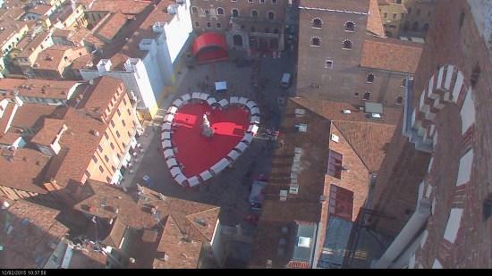 20150212 Cuore Piazza Dante Verona in love 2