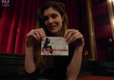 L'attrice Vittoria Puccini testimone di accessibilità per dismappa, al Teatro Nuovo di Verona con La gatta sul tetto che scotta