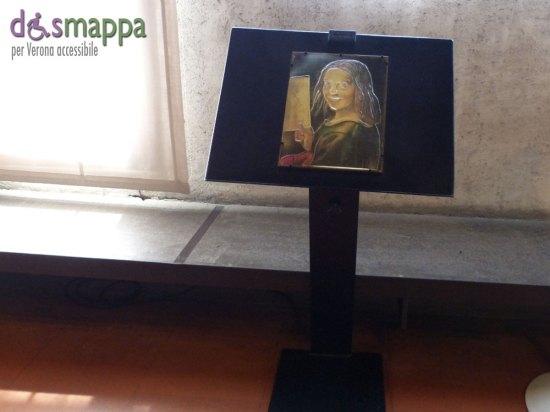 Accessibilità Museo di Castelvecchio. Sono presenti riproduzioni tattili di alcune opere per i visitatori non vedenti,
