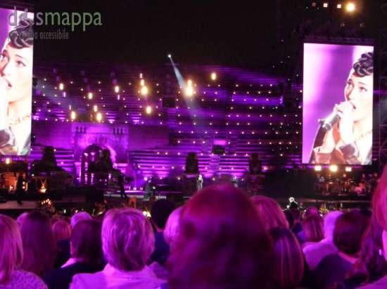 Nina Zilli canta all'Arena di Verona per Lo spettacolo sta per iniziare 2015