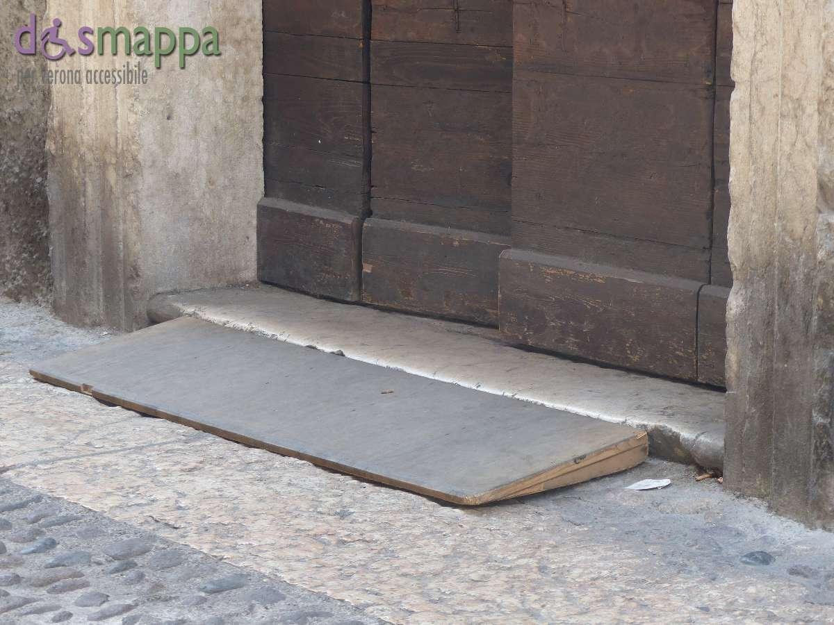 20150726 Rampa disabili Santa Maria Chiavica Verona dismappa 7
