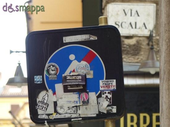 20150823 Insegna pedonale via Mazzini Verona dismappa