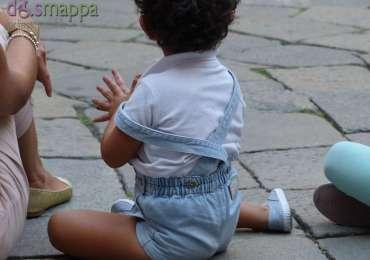 20150907 Bambino applauso Cortile Mercato Vecchio Verona dismappa