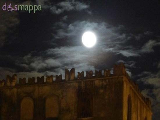20150925 Luna nuvole torre Verona dismappa