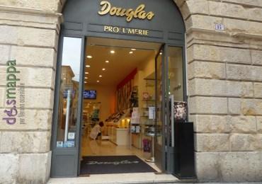 20160303 Entrata accessibile Douglas via Cappello Verona