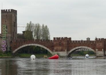 20160401 Franco Mazzucchelli sculture gonfiabili Adige Verona dismappa 321