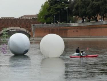 20160401 Franco Mazzucchelli sculture gonfiabili Adige Verona dismappa 346