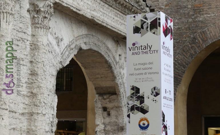 20160401 Vinitaly and the City Porta Borsari Verona dismappa 6