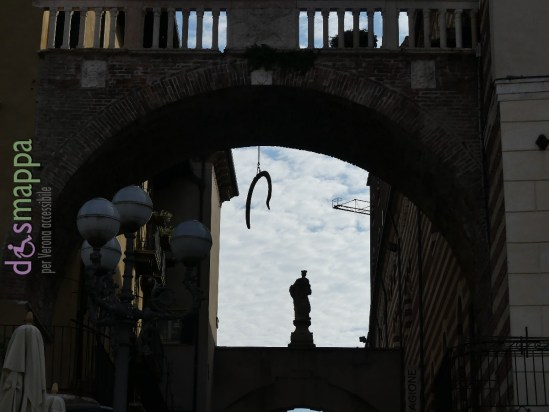 20160508 Costa Piazza Erbe Verona dismappa 748