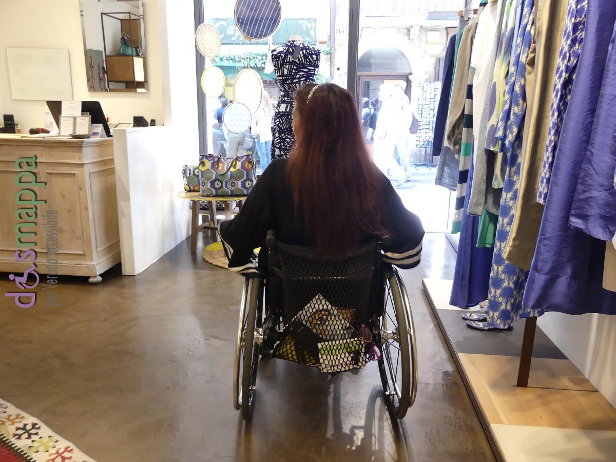 20160528 Accessibilita disabili Boutique Maliparmi Verona dismappa 691