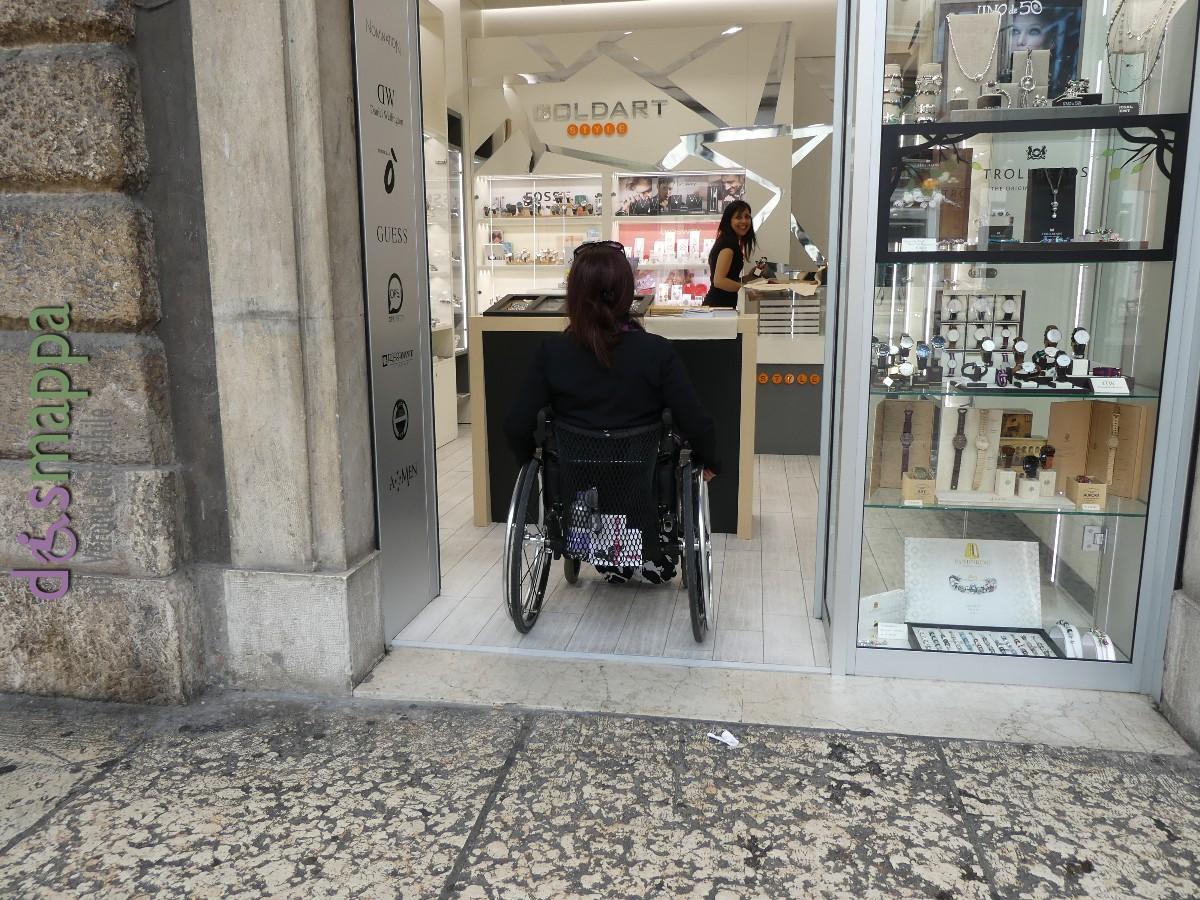 20160612 Accessibilita disabili Goldart via Roma Verona dismappa 197