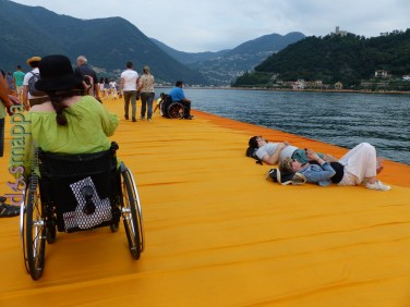 20160629 Christo Floating Piers Jeanne Claude Iseo disabili dismappa 1721