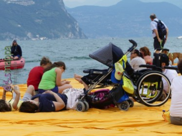 20160629 Christo Floating Piers Jeanne Claude Iseo disabili dismappa 715