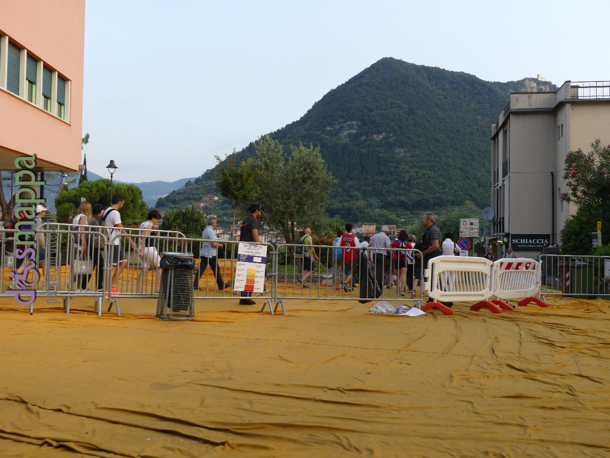 20160629 Christo Floating Piers Jeanne Claude Iseo dismappa 402