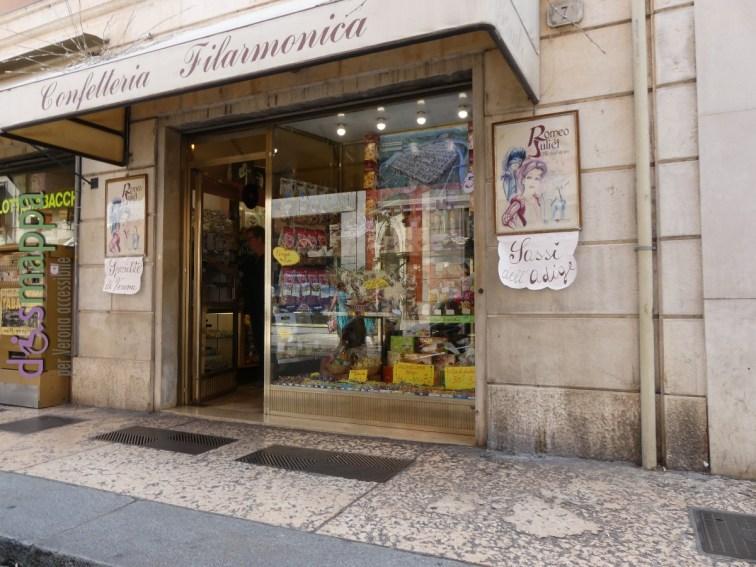 20160725 Accessibilita disabili Confetteria Filarmonica Verona dismappa 36