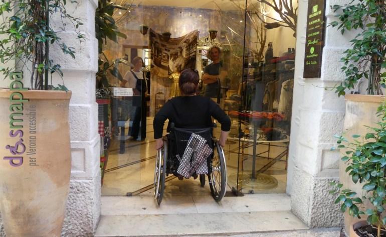 20160813-accessibilita-disabili-abt-abbigliamento-verona-dismappa-800