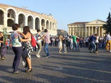 Balli popolar Festa del volontariato Verona