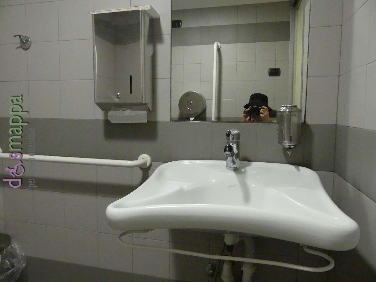 Bagno disabili pubblico e gratuito in Piazza Bra  disMappa  Verona accessibile