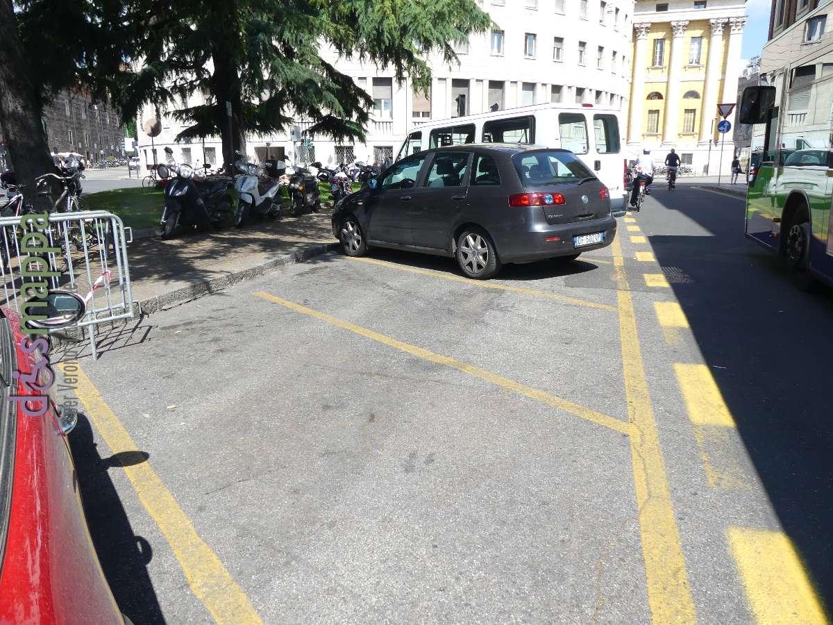 20170607 Parcheggio disabili eliminato Municipio Verona dismappa 208
