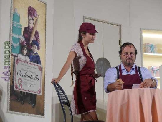 Una scena dello spettacolo teatrale Colazione da Occhiobello di Estravagario a Verona