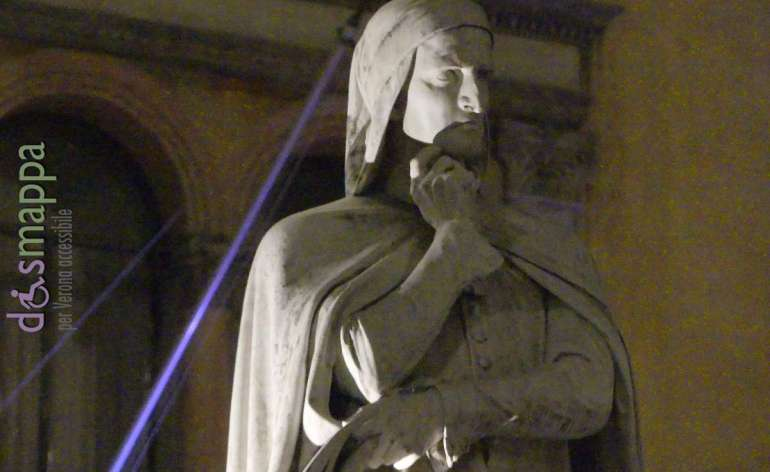 20170929 Statua Dante Alighieri Verona ph dismappa 349