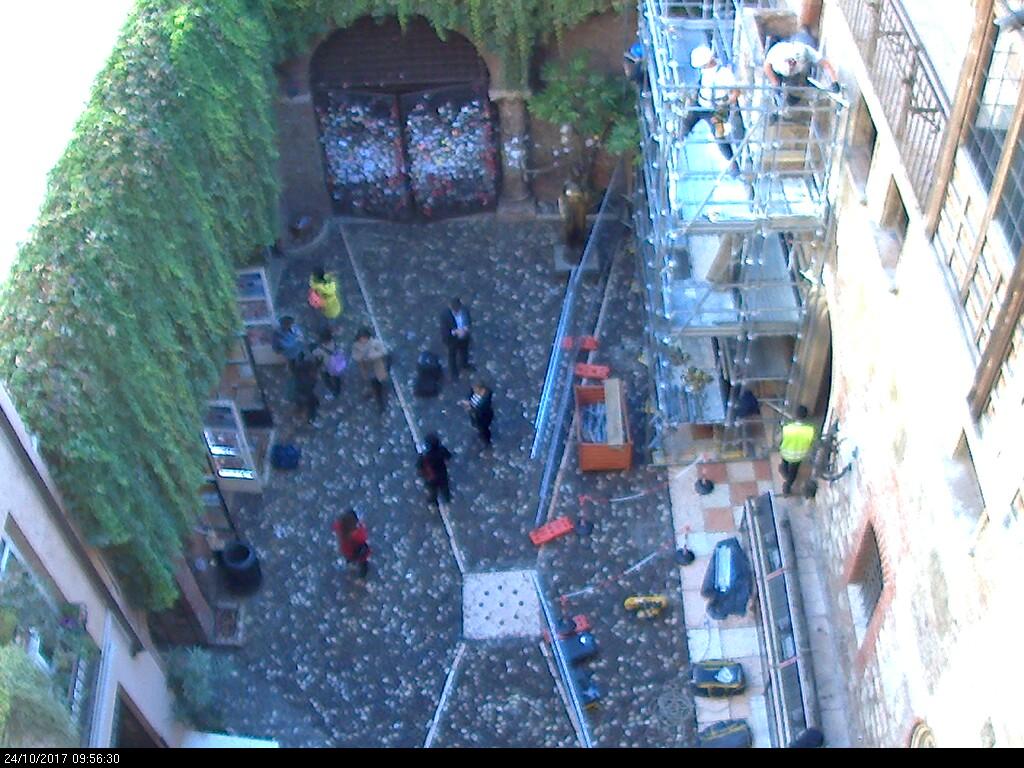 20171024 Restauro balcone Giulietta Verona webcam