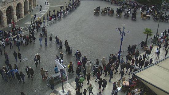 20171029 parata cavalli piazza bra verona webcam