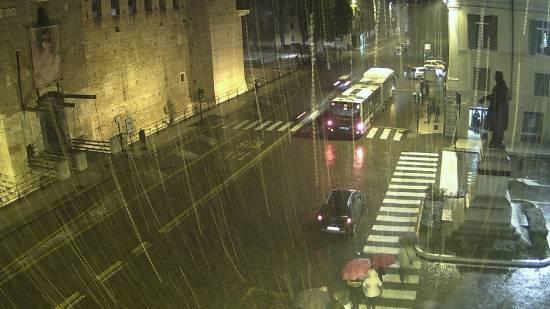 20171210-Inizio nevicata-castelvecchio-Verona-webcam