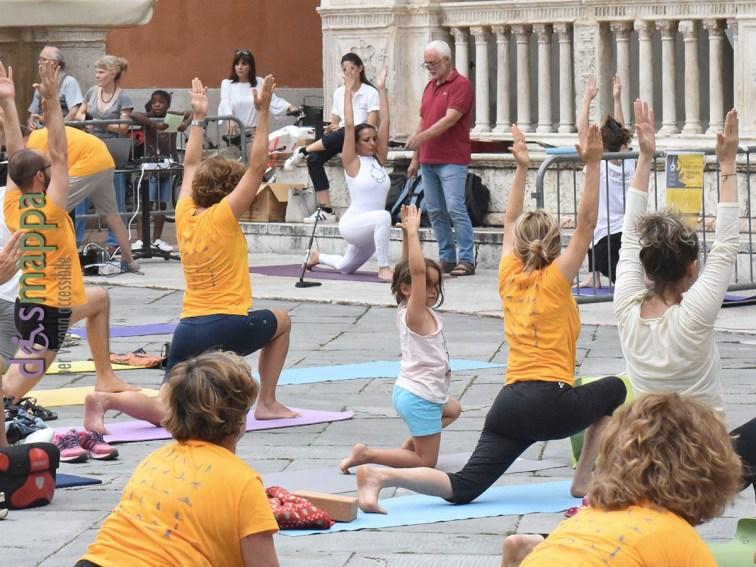 20180621-giornata-internazionale-yoga-Verona-01