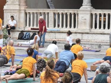 20180621-giornata-internazionale-yoga-Verona-03