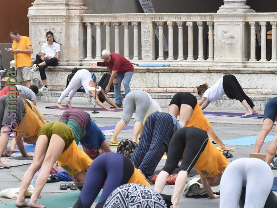 20180621-giornata-internazionale-yoga-Verona-04
