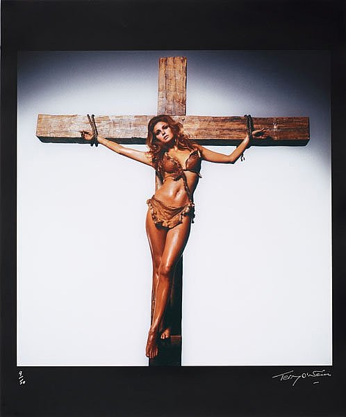 Terry-ONeill Raquel Welch Portrait