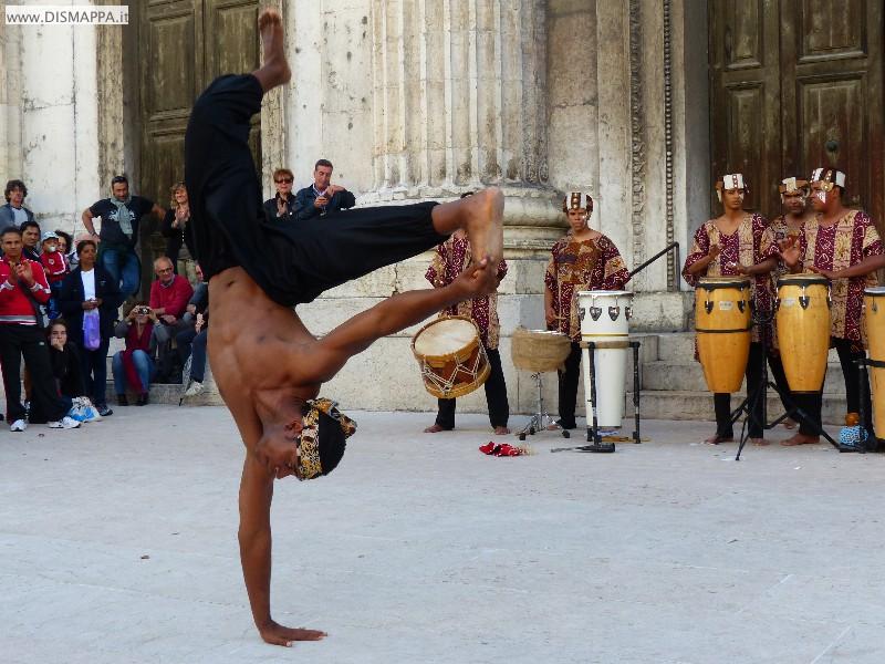 A Voz do tambor afro-brasileiro Gruppo Pé no Chão
