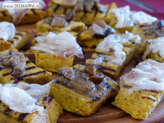 Antipasto con polenta funghi e lardo