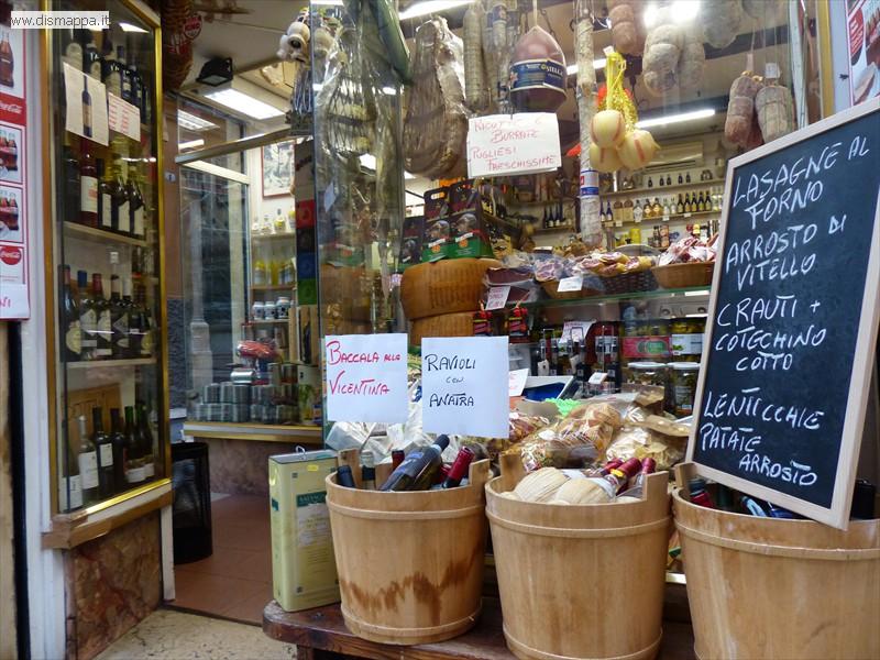 Accessibilità negozio alimentari e gastronomia Santa Anastasia