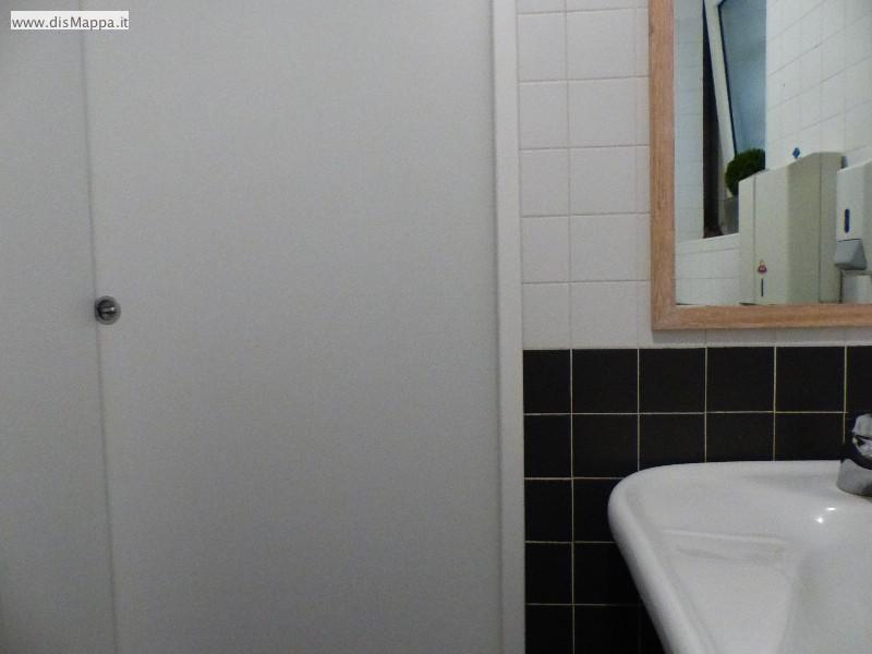 Porta  bagno disabili Pizzeria Ristorante Olivo, Verona