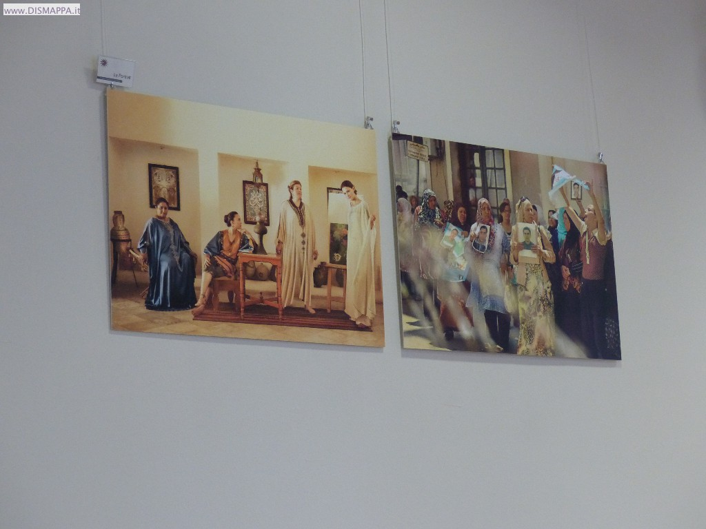 Mostra Femmes Tunisiennes au miroir