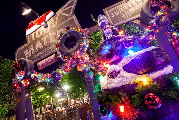 Disney Cars Christmas Decorations.6 Reasons Why Cars Land Is One Of Our Favorite Places To Be