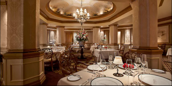 Most Romantic Disney World Dates for Couples: Victoria and Albert's