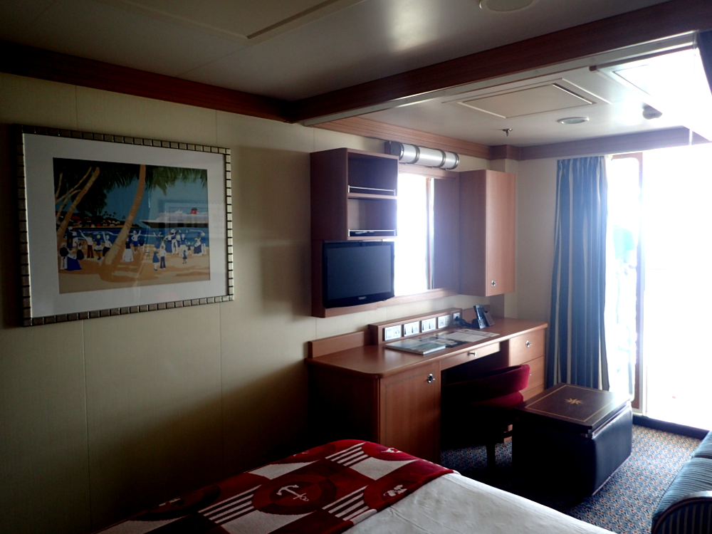 disney dream sofa bed sofas madrid ofertas room 10510 cruise mom blog this is 7128 which a category 4c deluxe family oceanview with
