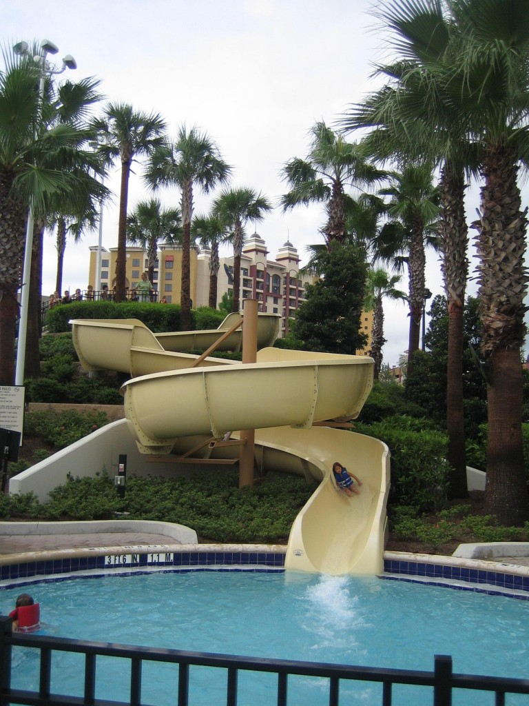 The Hilton Bonnet Creek Pool is a Mini Water Park  Disney