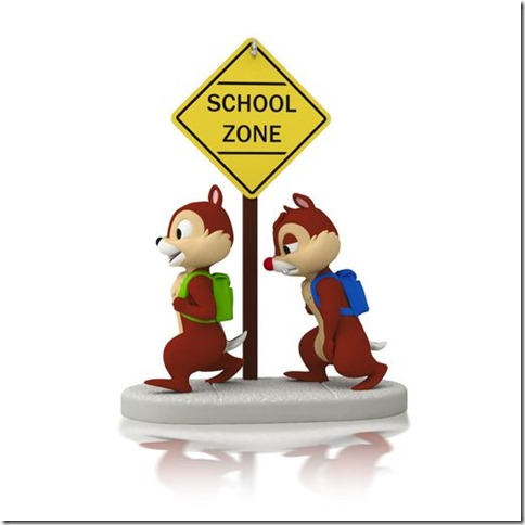 school-time-for-chipmunks-root-1295qha1023_1470_1
