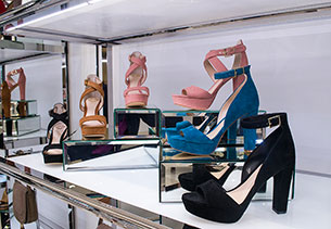 Vince Camuto4
