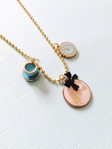 alice-in-wonderland-inspired-charm-necklace