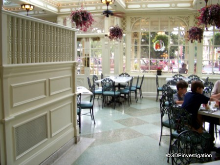 Guest Review Tonys Town Square The Disney Food Blog