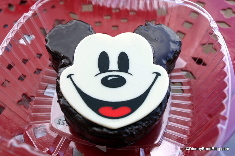 Snack Series Mickey Face Cake And Yet Another S Mores Cupcake