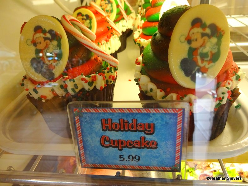 Dining in Disneyland Seasonal Treats at Jolly Holiday