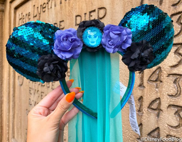 2020 WDW Magic Kingdom Sir Mickeys Minnie Mouse The Main Attraction Haunted Mansion Ears
