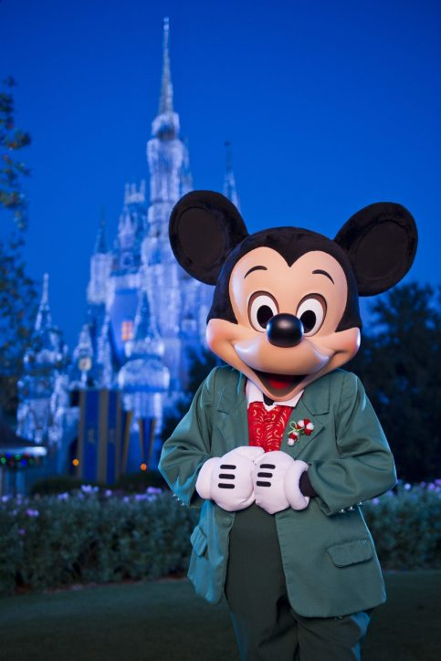 Walt-Disney-World-Resort-Holidays-Mickey
